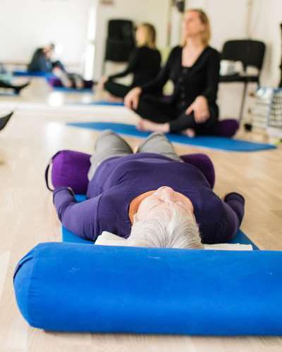 Yoga - Yogatræning - Næstved Rygcenter
